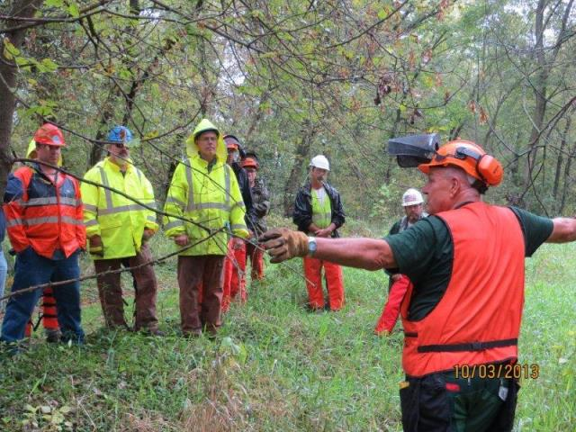 Lee Explains Chainsaw Safety Proceedures